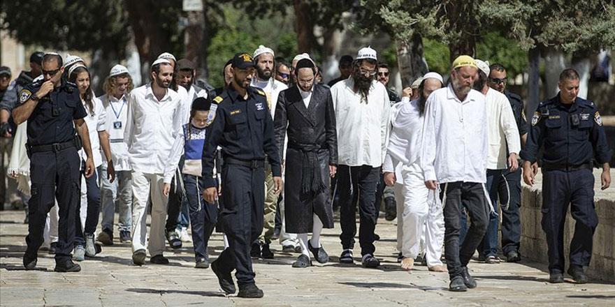 İşgalci İsrail, fanatik Yahudileri göndererek din savaşı istiyor