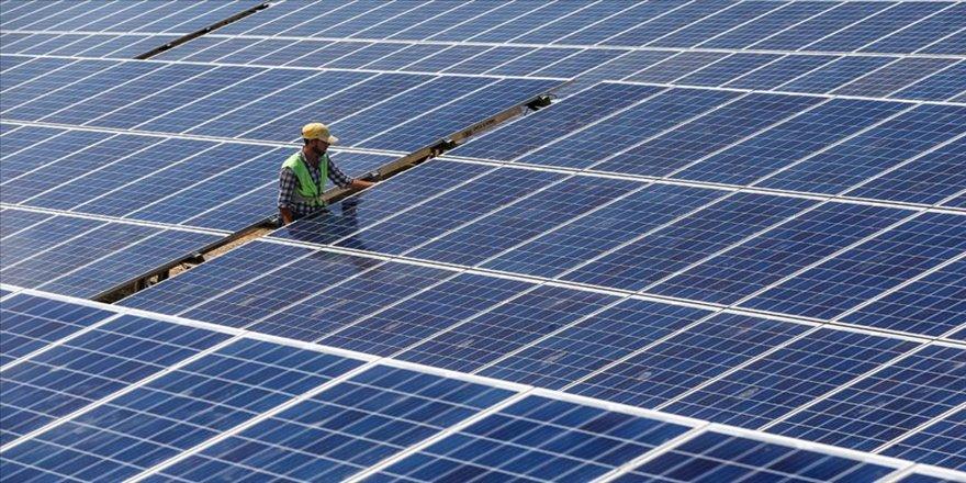 'Enerjideki dönüşüm için yıllık 7 milyar dolar yatırım gerekli'