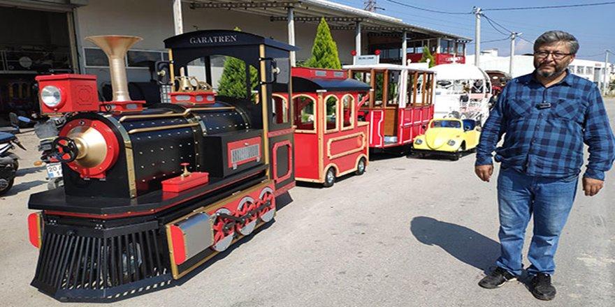 Ürettiği elektrikli tramvay ve faytonları 22 ülkeye satıyor
