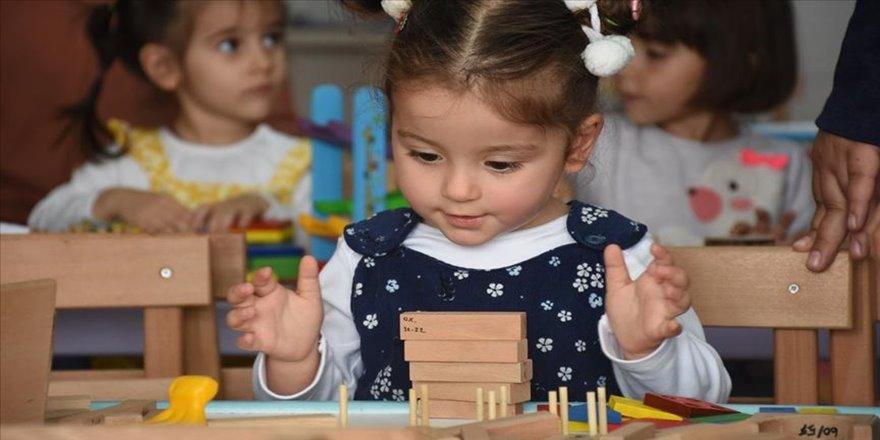 Oyuncak kütüphanesi köy çocuklarının 'ikinci yuvası' oldu
