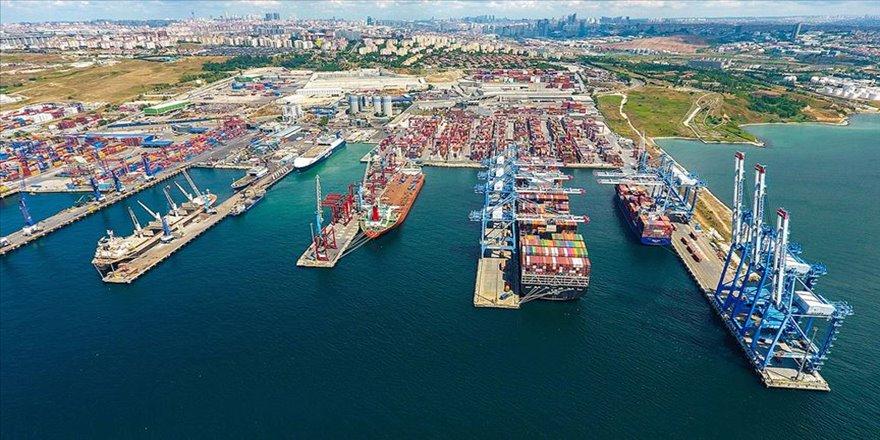 Kumport yeni yatırımıyla dev gemilere hizmet veriyor