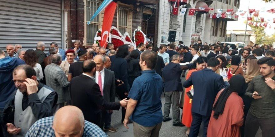 Seyyid Ahmed Arvasi Kültür Merkezi kapılarını açtı