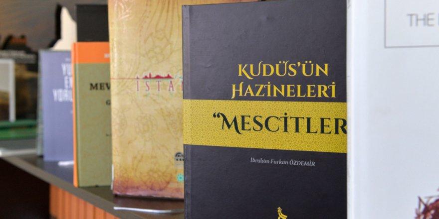 Kudüs'ün tapusu mescitler kitap oldu