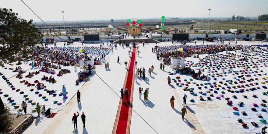 Hindistanlı hacıların Pakistan'a vizesiz girmesini sağlayan Kartarpur Koridoru açıldı