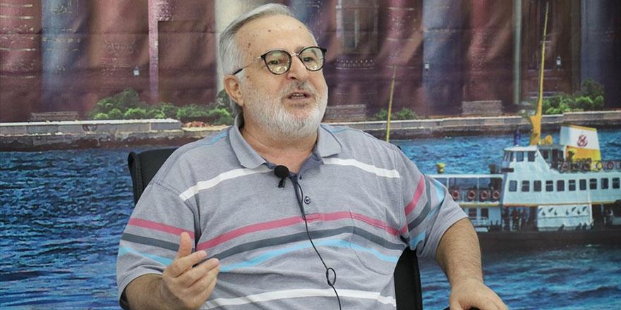 Mustafa Ruhi Şirin: Çocuklar popüler edebiyat kuşatması altında