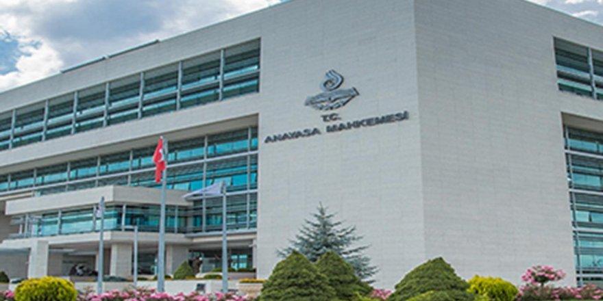 İlahiyat önlisans mezunlarına lisans imkânı kuralı iptal edildi