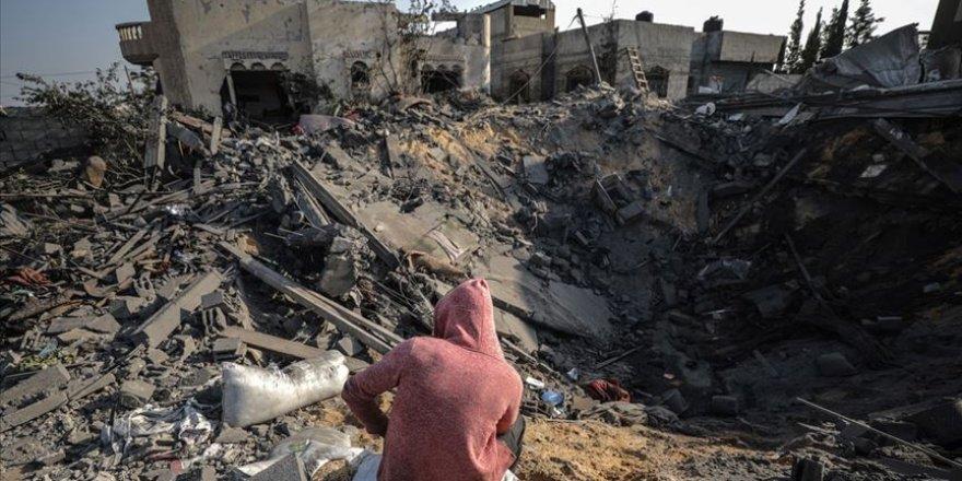 Malezya Gazze'ye yönelik saldırıları nedeniyle İsrail'e tepki gösterdi