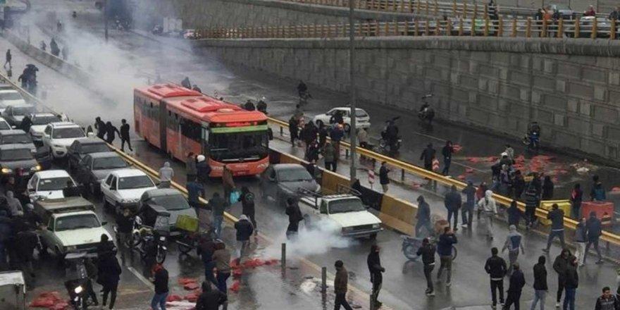 İran'da protestolar sürüyor