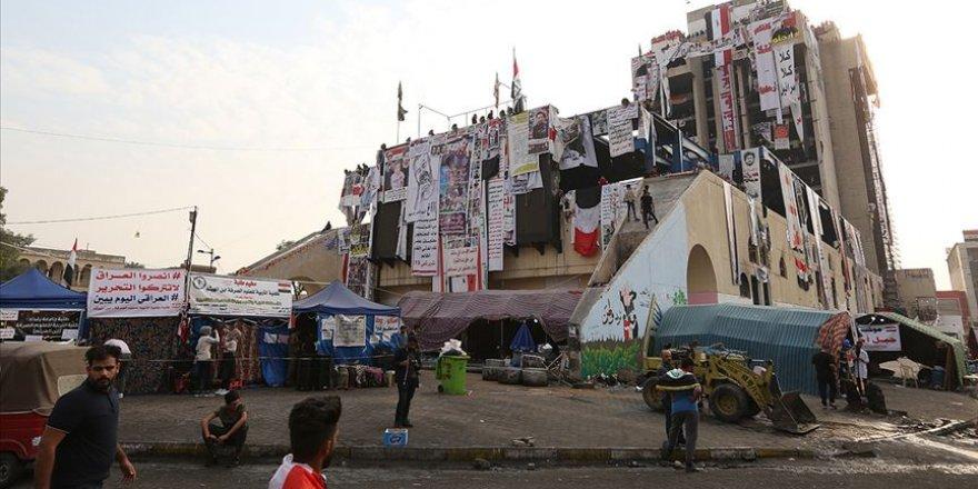 Bağdat'taki Türk Lokantası binası göstericilerin buluşma noktası oldu