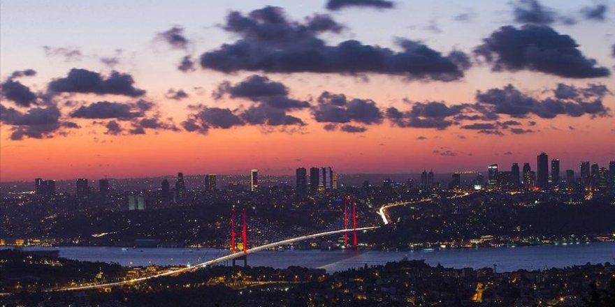 Onlar İstanbul'un iki yakasını bir araya getiriyor