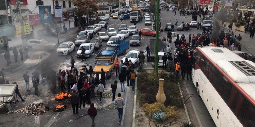 İran'daki olaylarda ölü sayısı en az 106