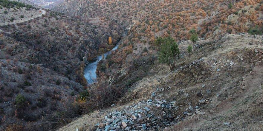 Kastamonu'daki 'Gavur Kayalıkları'nda kurtarma kazısı başladı