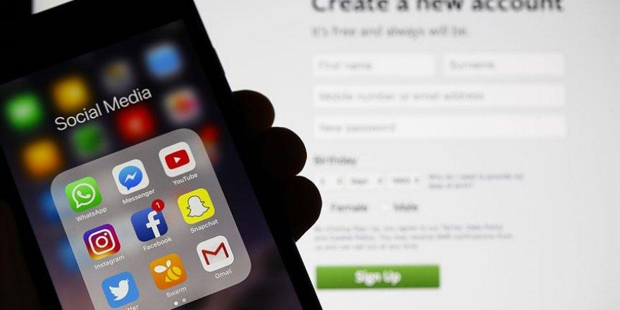 Sosyal medya manipülasyonlarına 'zihni savunma sanatı' ile karşı koyun