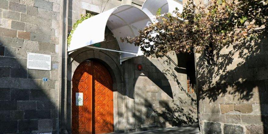 Camii Kebir'deki eklentiler restorasyon sırasında kaldırılacak