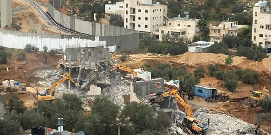 Kudüs'te yıkımlar devam ediyor