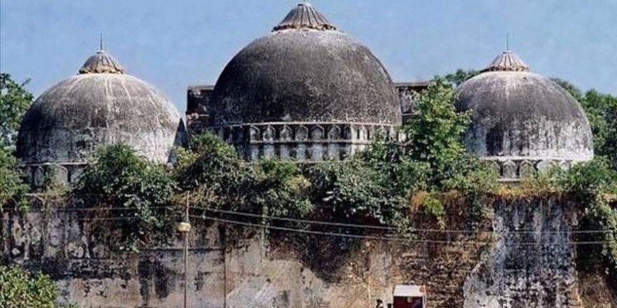 Hindistan'ın Ayasofyası Babri Camisi de mahzun!