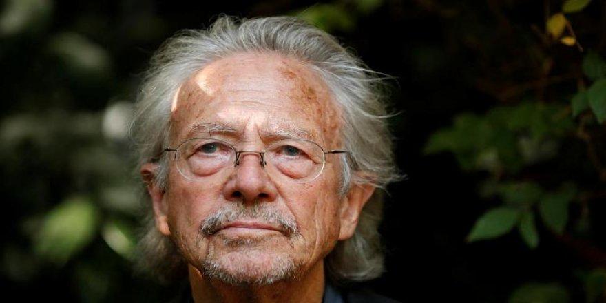 Bosnalıların katledilmesine destek veren yazara Nobel tepkisi: İğrenç bir iki yüzlülük