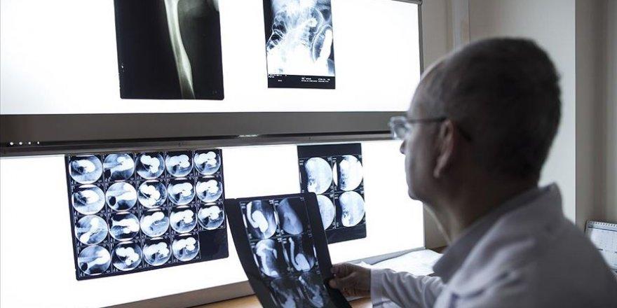 Sağlık hizmeti alan yabancılara 20 ülkedeki tanı merkezlerinden 'tedavi sonrası takip'