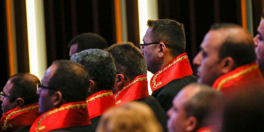 Hakim ve savcı adaylarına 70 puan şartı getirildi