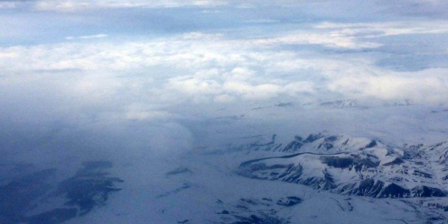 2 bin metreden görüntüsü çekilen Allahuekber Dağları, kendine hayran bıraktı