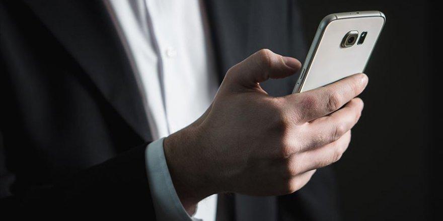Cep telefonuna izinsiz reklam mesajı gönderene 50 bin lira ceza
