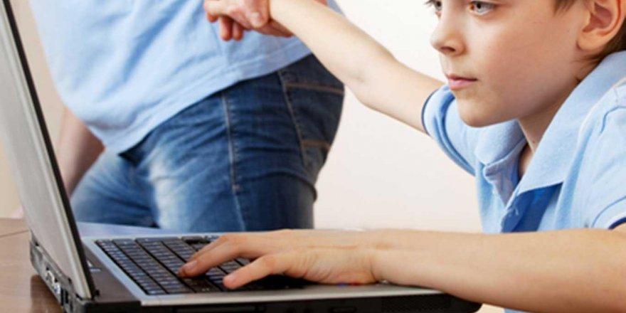 Uzmanlardan karantina günlerinde ebeveynlere çocuklarla aktivite önerisi