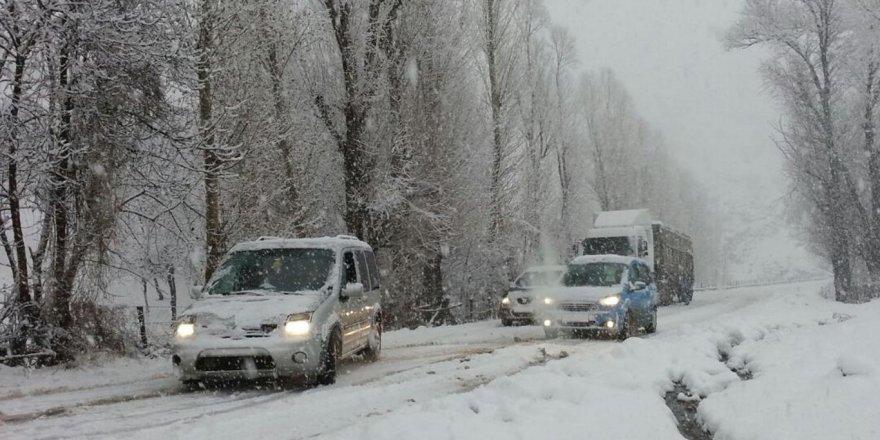 Meteorolojiden doğu illeri için sağanak ve kar uyarısı