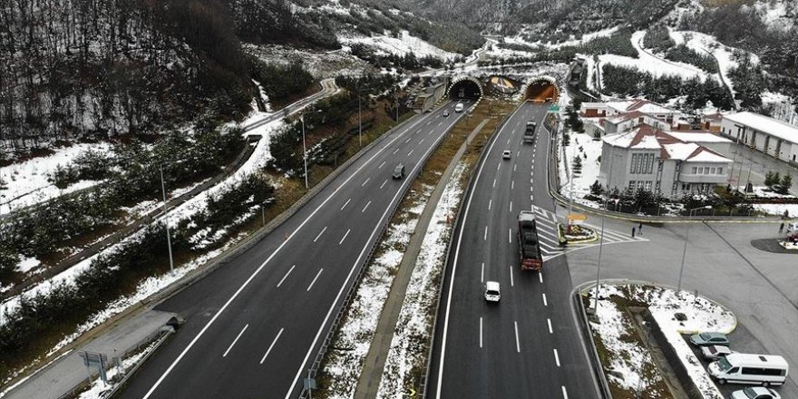 Bolu Dağı Tüneli'nden 2019'da yaklaşık 11,3 milyon araç geçti