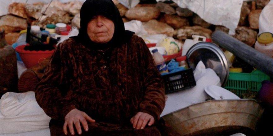 Rusya ve Esed'in eşi ve iki oğlunu öldürdüğü İdlibli ninenin feryadı