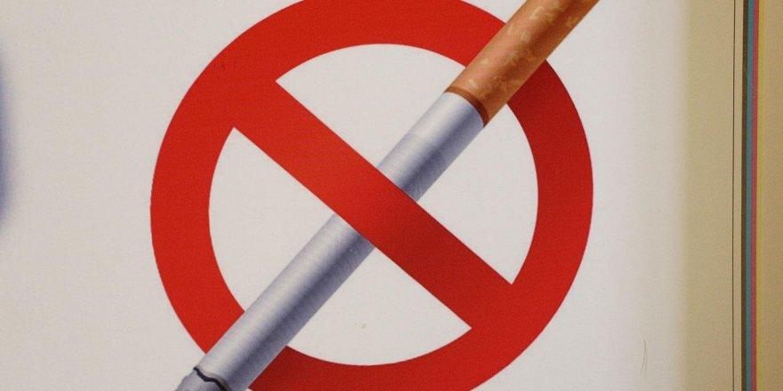 Erzincan'da da park ve sokaklarda sigara içmek yasaklandı