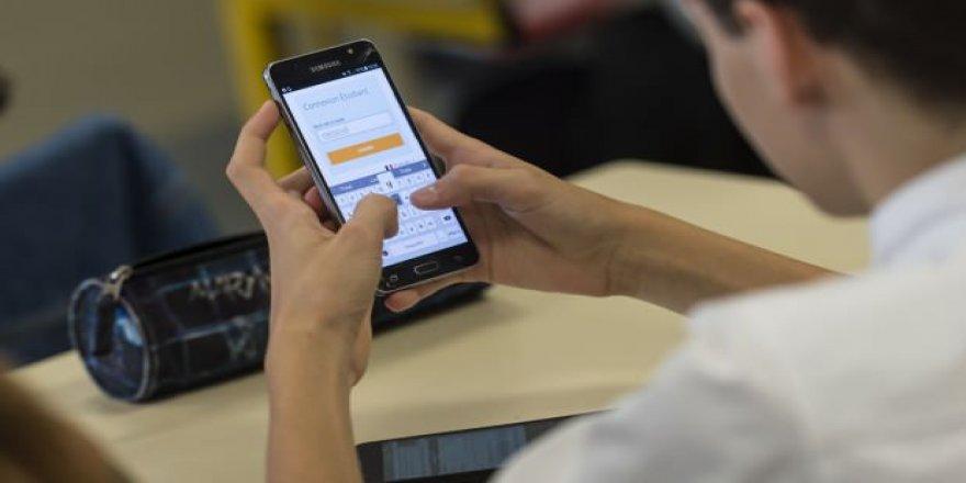Akıllı cep telefonları insan hafızasını olumsuz etkiliyor