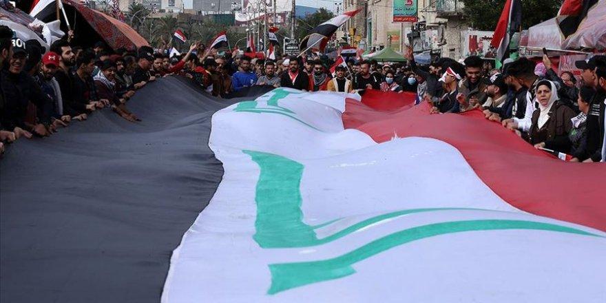 Irak'ta güvenlik güçleriyle göstericiler arasında gerginlikler devam ediyor