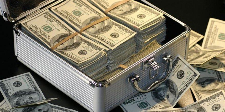 Dünyanın yüzde 1'i 6,9 milyar kişiden 2 kat daha zengin