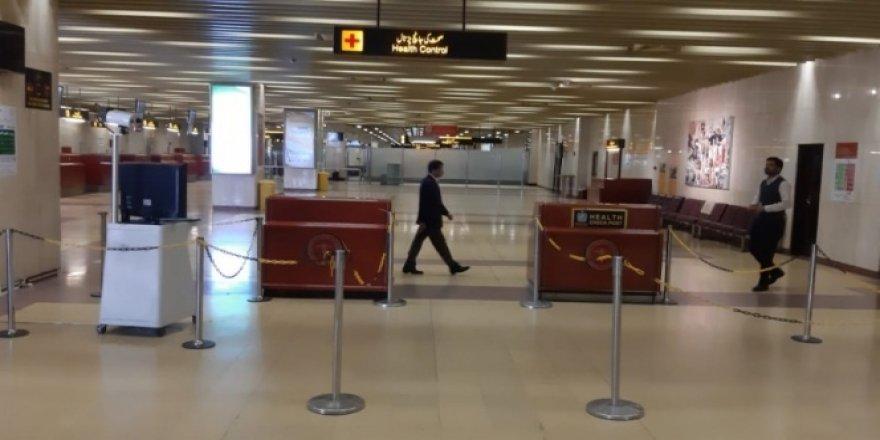 Pakistan'dan, Çin'den gelen yolculara virüs taraması