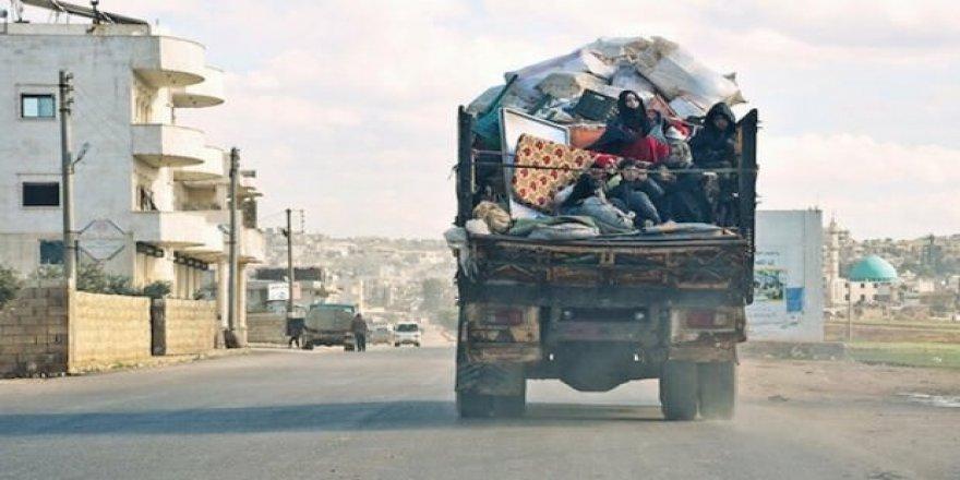 Türkiye sınırına 450 bin kişi göç etti!