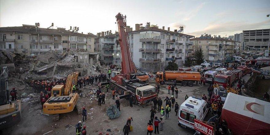 Elazığ depreminde ölenlerin sayısı 39'e yükseldi