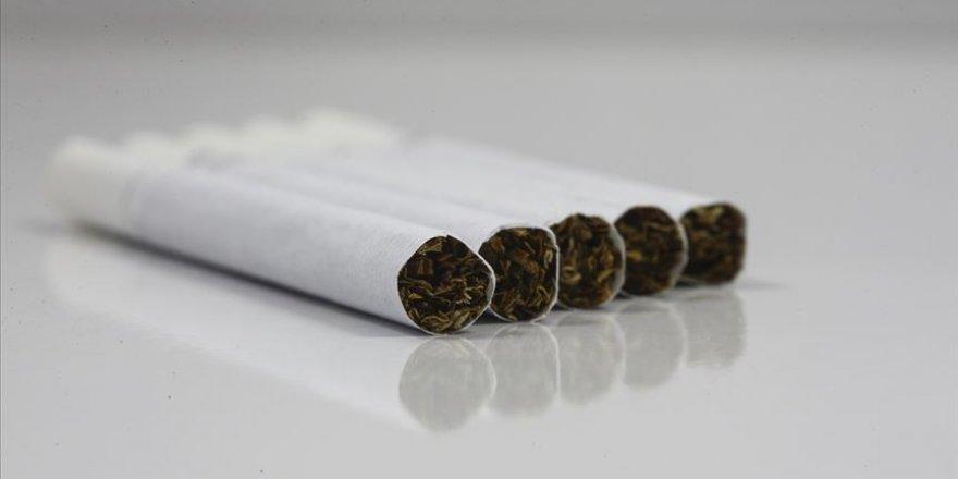 18 yaşından küçük çocuk bulunan araçlarda sigara içilemeyecek