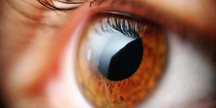 'Koronavirüs gözlerde konjonktivit yaparak bulaşabilir' uyarısı