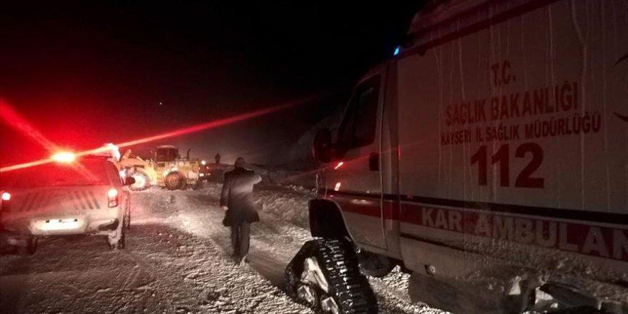 Kayseri-Kahramanmaraş kara yoluna çığ düştü