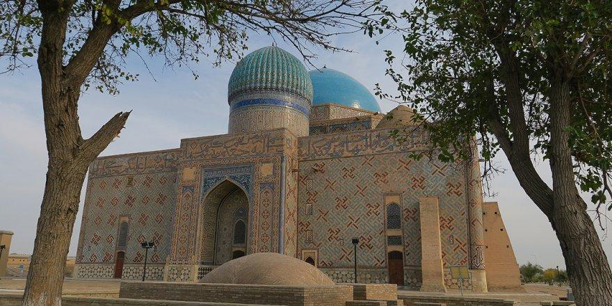 Kazakistan'ın Türkistan kenti dünya turizminin ilgi odağı olma yolunda