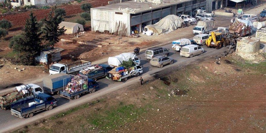 İdlib'de 2,5 ayda 1 milyon 200 bin Suriyeli evini terk etti