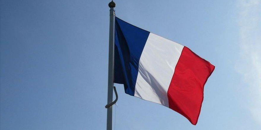 Fransa, okullarda Türkçe dahil yabancı dil derslerini kaldırmaya hazırlanıyor