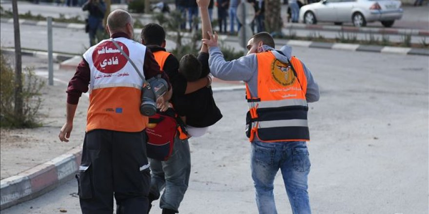 İsrail askerlerinin açtığı ateş sonucu yaralanan 9 yaşındaki Filistinli gözünü kaybetti
