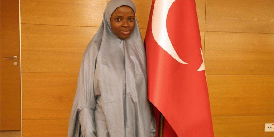 Türkiye mezunu Nijeryalı Oshun: Türkiye bana vatan sevgisini öğretti