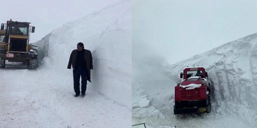 Erzurum ilçesinde kar kalınlığı 6 metreyi aştı