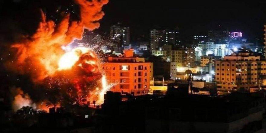 Siyonist terör çetesi Gazze'ye hava saldırısı düzenledi