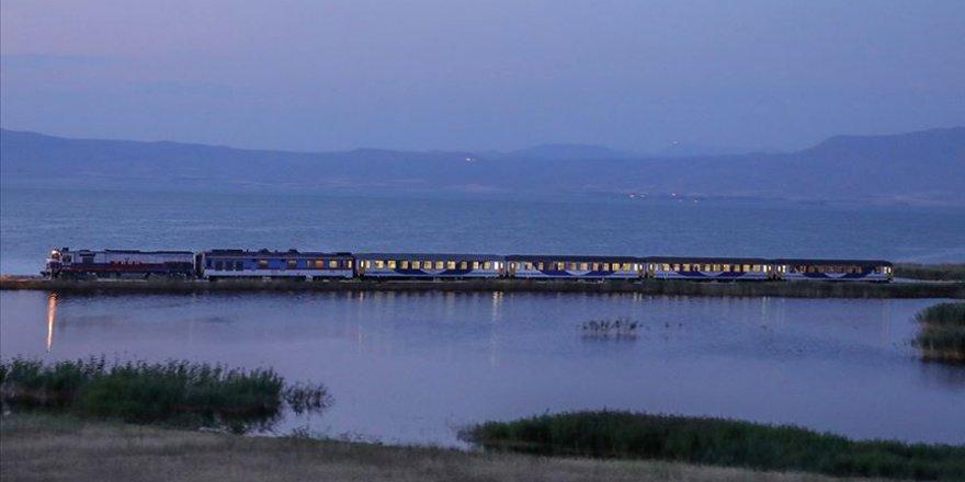 Kovid-19 nedeniyle Türkiye ile İran arasındaki tren seferleri de durduruldu