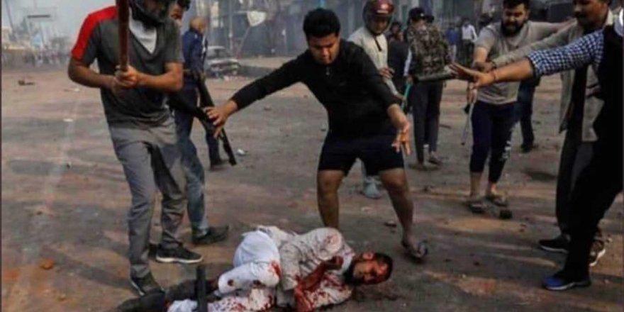 Hindular Müslümanlara yönelik saldırılarını sürdürüyor