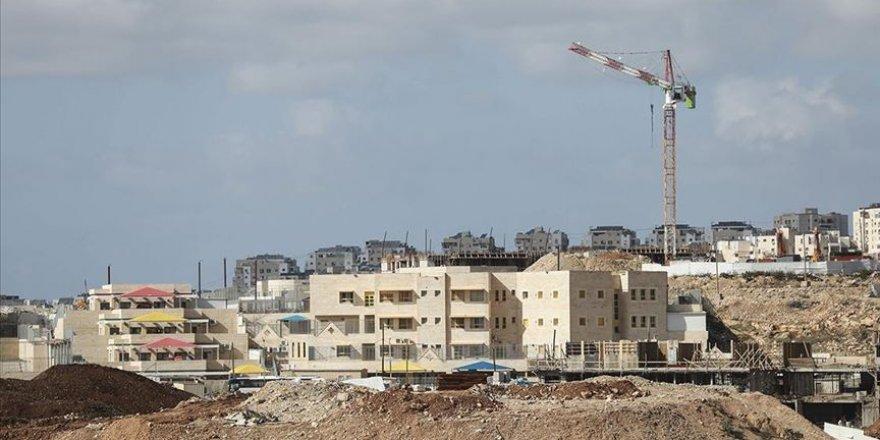 İsrail, Batı Şeria'da 1800 yasa dışı konut inşa edecek