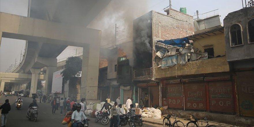 Yeni Delhi'de vatandaşlık yasasına karşı protestolarda 5 günde 37 sivil öldü